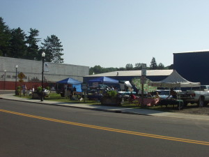Phelps Summer Saturdays – Farmers Market with a View!