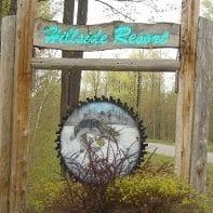 Hillside Resort Logo